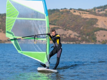 best-windsurfing-wetsuits
