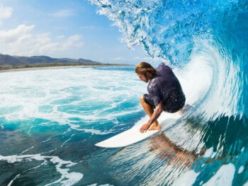 best-surfboards-for-intermediate-surfers