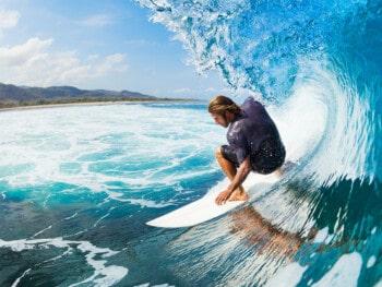 best-surfboards-for-intermediate-surfers