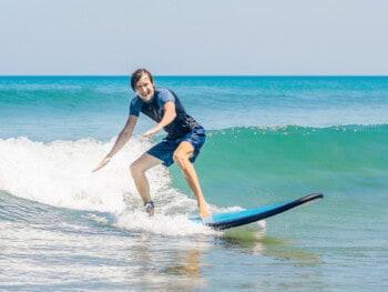 tips for beginner surfers