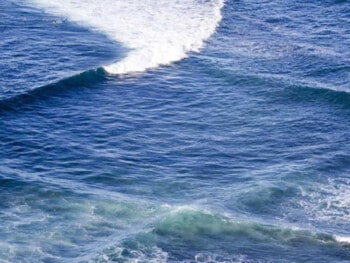 square waves in the ocean