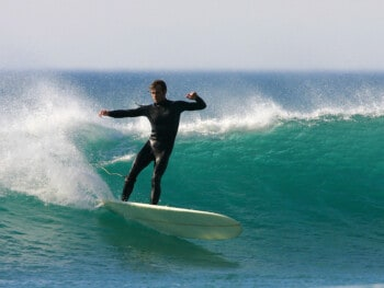 the-proper-surfing-stance